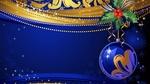 Обои Новогодний шар с кистью рябины на сине-золотистом фоне с мерцанием и снежинками