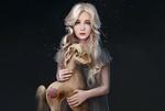 Обои Светловолосая голубоглазая девчушка в дырявом сером платьице, со штопаной игрушечной лошадкой в руках, стоит на сером фоне, by Julia Kovalyova