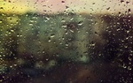 Обои Капли дождя на стекле