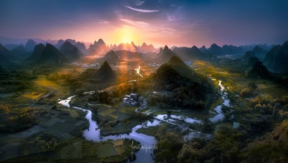 Обои для рабочего стола Рассвет в долине, China / Китай, by Jesus M. Garcia (© ASSUR),Добавлено: 12.02.2018 08:55:00