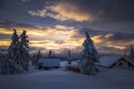 Обои Домики и ели в снегу, фотограф Jоrn Allan Pedersen