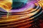 Обои Круговые разноцветные волны на поверхности