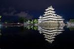 Обои Ночной вид на Matsumoto Castle, Japan / Замок Мацумото, Япония