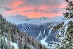 Обои Горы с лесом под облачным небом, by imhof patrick