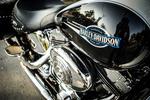 Обои Крупный план лейбла Harley Davidson на мотоцикле