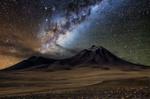 Обои Пустыня Атакама в Чили звездной ночью, фотограф Виктор Лима