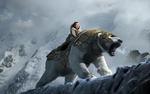 Обои Lyra Belacqua / Лира Белаква на боевом белом медведе среди заснеженных скал, из фильма The Golden Compass / Золотой компас