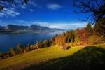 Обои Осенний пейзаж природы с видом на озеро Thun, Switzerland / Тун, Швейцария, фотограф Samuel Hess