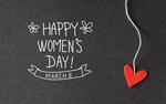 Обои Сердечко на ниточке и фраза 8 March, Happy Womans Day / 8 Марта, Международный женский день на сером фоне