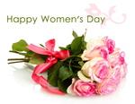 Обои Букет кремово-розовых роз, перевязанных розовой лентой, над ним надпись Happy Womens Day / С Международным Женским Днем