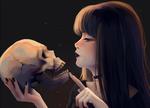 Обои Девушка держит в руках череп, by Lulybot