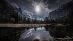 Обои Озеро в окружении гор, Йосемитский национальный парк, фотограф Lara Koo