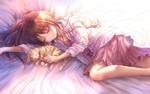 Обои Девушка и рыжий котенок спят