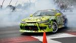 Обои Nissan Silvia дрифтует на треке