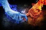 Обои Женская рука, объятая ледяным пламенем и мужская рука в пламени огня, by Comfreak