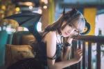 Обои Милая девушка азиатской внешности в черном платье с крыльями летучей мыши, с рогами на голове