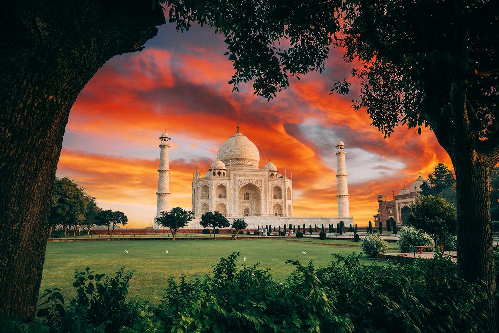 Обои для рабочего стола Вид наTaj Mahal, India / Тадж-Махал, Индия, by Jacob Riglin
