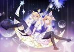 Обои Vocaloids Kagamine Rin & Len / вокалоиды Кагамине Рин и Лен сидят на месяце в ночном небе