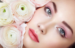 Обои Лицо красивой девушки с цветами, фотограф Oleg Gekman