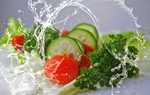 Обои Овощи в брызгах воды, by Christine Sponchia