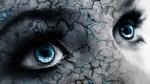Обои Лицо девушки с голубыми глазами в трещинах