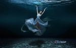 Обои Балерина под водой, by Carlos Atelier2