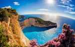 Обои Пляж Navagio / Навайо в бухте, на острове Zakynthos, Greece / Закинф, Греция