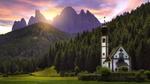 Обои Церковь в деревне Санта-Магдалена / Santa Maddalena / St. Magdalena на фоне лесов и Доломитовых Альп в Италии