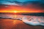 Обои Красивый восход солнца над морем, фотограф Valentin Valkov