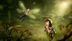 Обои Девочка в шляпке на траве, рядом с ней маленькая крылатая феечка, размытый фон, by Stefan Keller