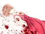 Обои Сакура Киномото / Sakura Kinomoto в красном платье лежит среди алых роз из аниме Сакура собирательница карт / Cardcaptor Sakura