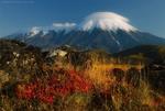 Обои Вулкан Толбачик осенью, Камчатка, фотограф Антон Ростовский