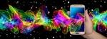 Обои Смартфон в руке на многокрасочном абстрактном фоне, by Gerd Altmann