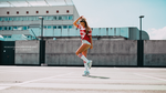 Обои Модель Julia Catalina танцует на спортплощадке, фотограф Wilhelm Polinski