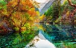 Обои Красивые виды Цзючжайгоу парка в Китае