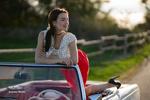 Обои Модель Анна на авто. Фотограф Guenter Stoehr