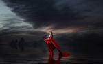 Обои Блондинка в красном стоит под хмурым облачным небом, by gustiidiaz