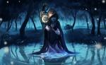 Обои Девушка в плаще, держа фонарь с месяцем, стоит в воде, в окружении светлячков, в туманном ночном лесу