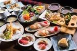 Обои Японская кухня: блюда с ассорти из суши, креветки в кляре, супы и нарезка из сырой рыбы