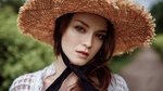 Обои Модель Anastasia Zonova / Анастасия Зонова в шляпе, фотограф Georgy Chernyadyev