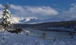 Обои Горное озеро Киделю осенью в заснеженном Алтае, фотограф Галина Хвостенко