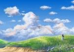 Обои Девушка в ляпе смотрит на облачное небо, стоя в траве