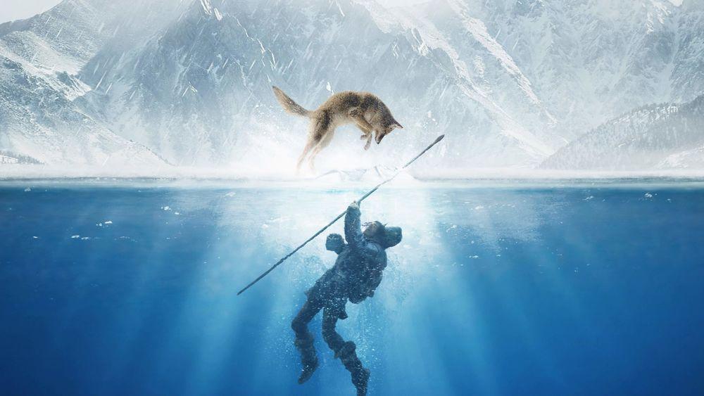 Обои для рабочего стола Коди Смит-Макфи / Kodi Smit-McPhee в роли Кеда под водой и волк Альфа над ним в прыжке пытается его спасти, кадр из фильма Альфа / Alpha
