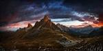 Обои Дома в горной долине на фоне пасмурного неба, фотограф Krzysztof Browko