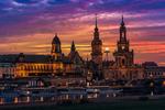 Обои Dresden Fire / ночной Дрезден под облачным небом, by Claudio de Sat