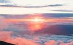 Обои Вид сверху на розовые облака