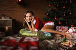 Обои Девушка Katya Clover в новогоднем наряде у елки, by Artofdan Photography