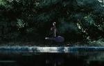 Обои Девушка с гитарой в футляре идет вдоль реки, by GUWEIZ
