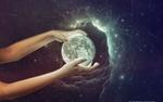 Обои В руках девушки планета, by mohammad1214
