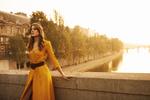 Обои Модель Elise Denys / Элиз Денис стоит на мосту, by Dariane Sanche